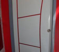 Customisation de ma porte graphik de cuisine pour aller dans le cellier/buanderie ;-)