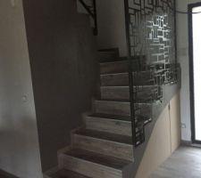 Une vue sur l escalier
