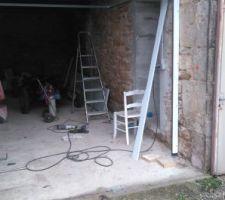 Montage des rails portail garage