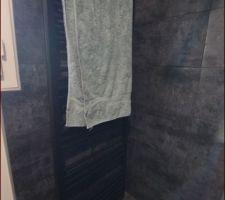 Sèche serviette peint a la bombe