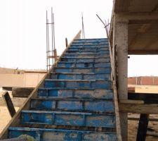 Coffrage et ferraillage de l'escalier (irrégulier)