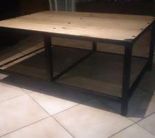 Et pendant les travaux fabrication des meubles (style industriel) de la future maison voici le meuble TV