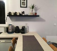 coin cafe etagere murale lack ikea brun noir