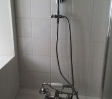 Colonne de douche.