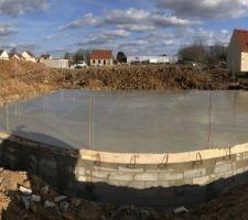 beton coule pour la dalle du rdc