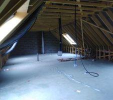 Il ne nous reste bientôt plus qu'à faire l'étage, comme à son habitude, Gueudry construction travaille bien et proprement