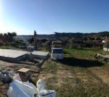 Panoramique du terrain et du dispositif d'Orsan Forage.