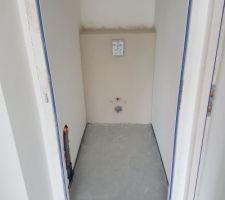 Plâtre sur wc suspendu