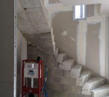 escalier parpaing reste a deposer