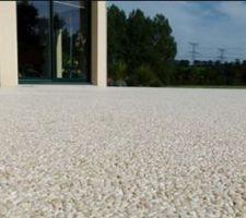 idee granulats de marbre pour la terrasse