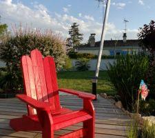 Fauteuil DIY Adirondack après peinture