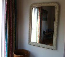 Miroir ( de dessus de cheminée ) pour notre chambre acheté chez un brocanteur