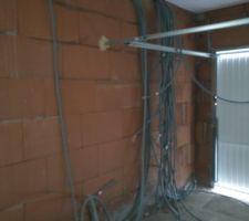 Crépis ,plâtre de plaque, électricité ,garage