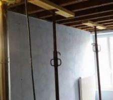La chambre Bleue. Préparation pour ouverture du mur.