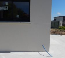 Sortie de cable pour futur lumière extérieur + prise extérieur