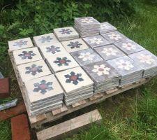 Nettoyage vieux carreaux de ciment