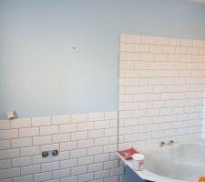Salle de bain des enfants et notre Fameux carrelage METRO