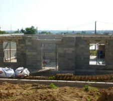 Élévation des murs du Rdc terminée