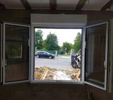 Fenêtre cellier ouverte