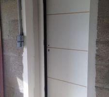 Porte Acier Couloir/ Garage