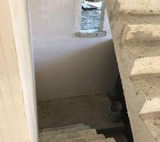 Vu sur L'escalier menant au sous sol