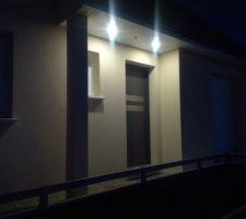 Eclairage automatique du petit porche extérieur