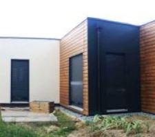 Face ouest de la maison avec la future terrasse.