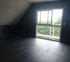 Notre chambre, parquet et peinture terminés