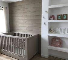 Chambre bébé en cours ...