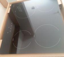 Déballage de la cuisine - plaque vitrocéramique