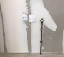 Attente gaz cuisine que le plombier du constructeur n'a pas voulu raccorder sur l'installation de mon plombier sur la chaudière