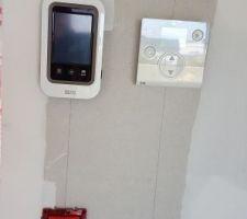 thermostat pompe a chaleur et gestionnaire volets roulants