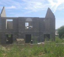 Fin élévation murs du 1er étage