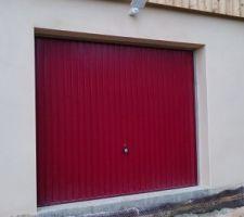 Eclairage au-dessus des portes de garage