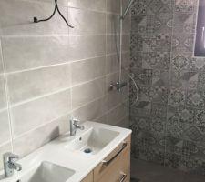 Salle d'eau  Faïence Issole Cold Azulero  Faïence Ground Light Grey