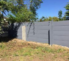 Mise en peinture des clotures beton