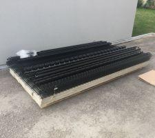 Livraison des matériaux pour la pose de la clôture