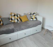 Structure divan avec 3 tiroirs, blanc HEMNES lit d'appoint