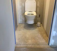 WC suspendu étage