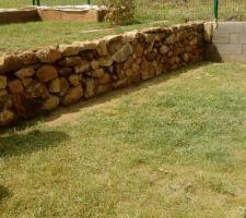 Le muret en pierre