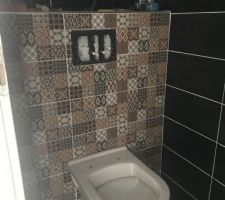 Faïence toilettes étage