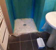 Lundi 7 août 2017 : Peinture salle d'eau