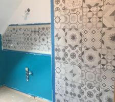 Carrelage et peinture 2eme salle d'eau en cours.