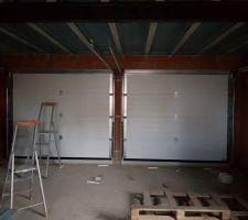Installation des menuiseries : les portes de garage