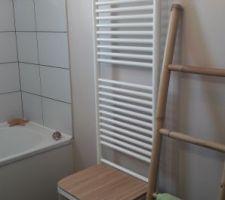 Panier de linge en bois de chez Leclerc