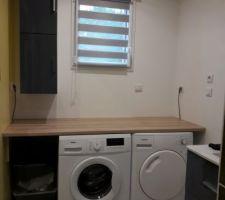 Aménagement d un plan de travail sur la machine à laver et le sèche linge