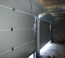 Les portes de garage sectionnelles motorisées