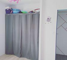 Chambre fille aménagement placard