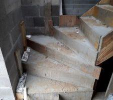 2ème escalier béton du RdC terminé