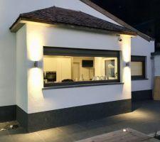 Crépi blanc façade arrière + éclairages